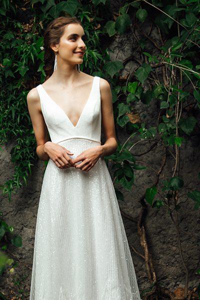 Vestido de novia con plumas